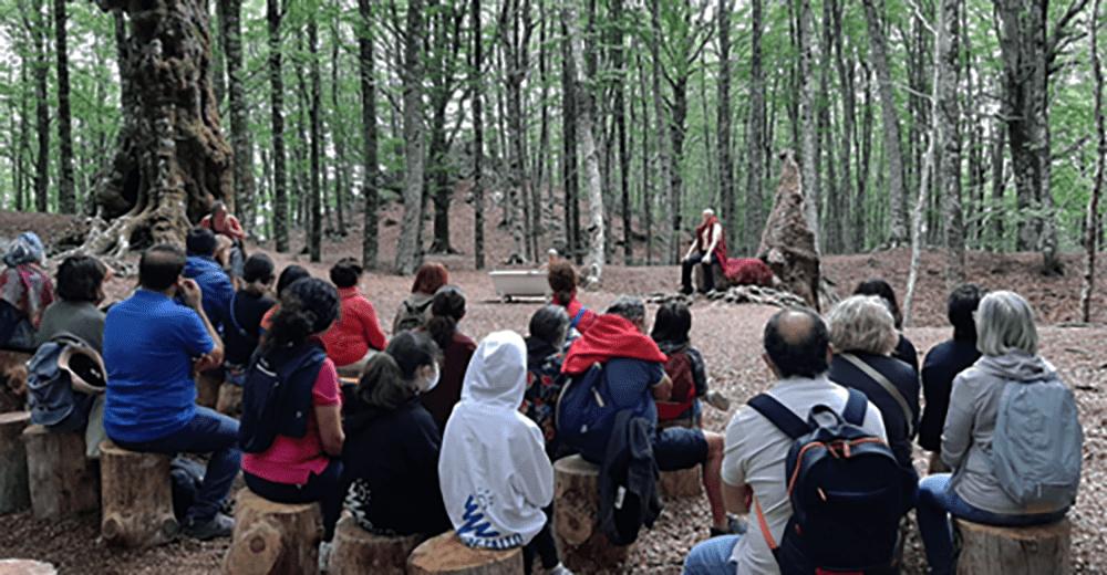 """""""La Tempesta"""" di William Shakespeare messa in scena nel bosco di faggi secolari del Monte Faito"""