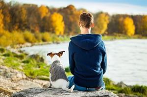 Il cane aiuta bambini e adolescenti a crescere in modo equilibrato e responsabile.