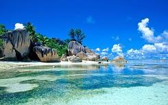 Sry Lanka, le spiagge incontaminate rischiano un disastro ambientale