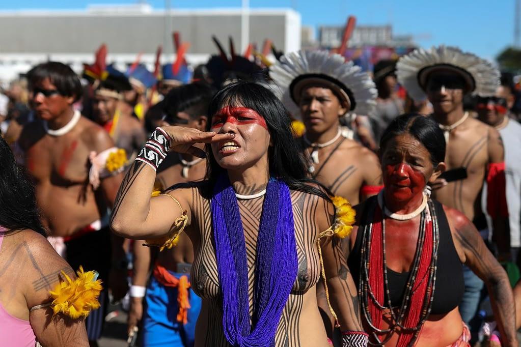 manifestazione indios