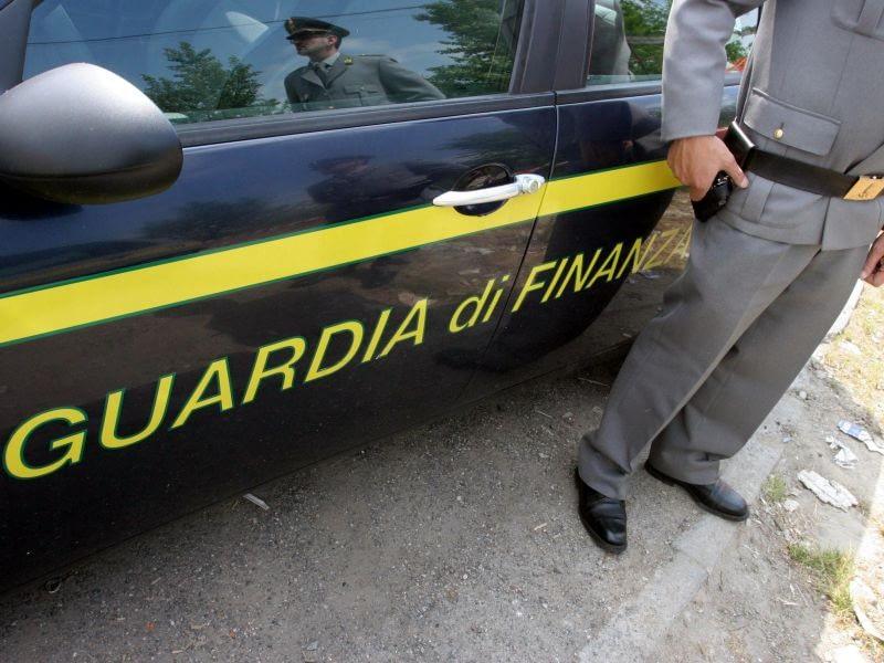 Auto di Guardia Di Finanza